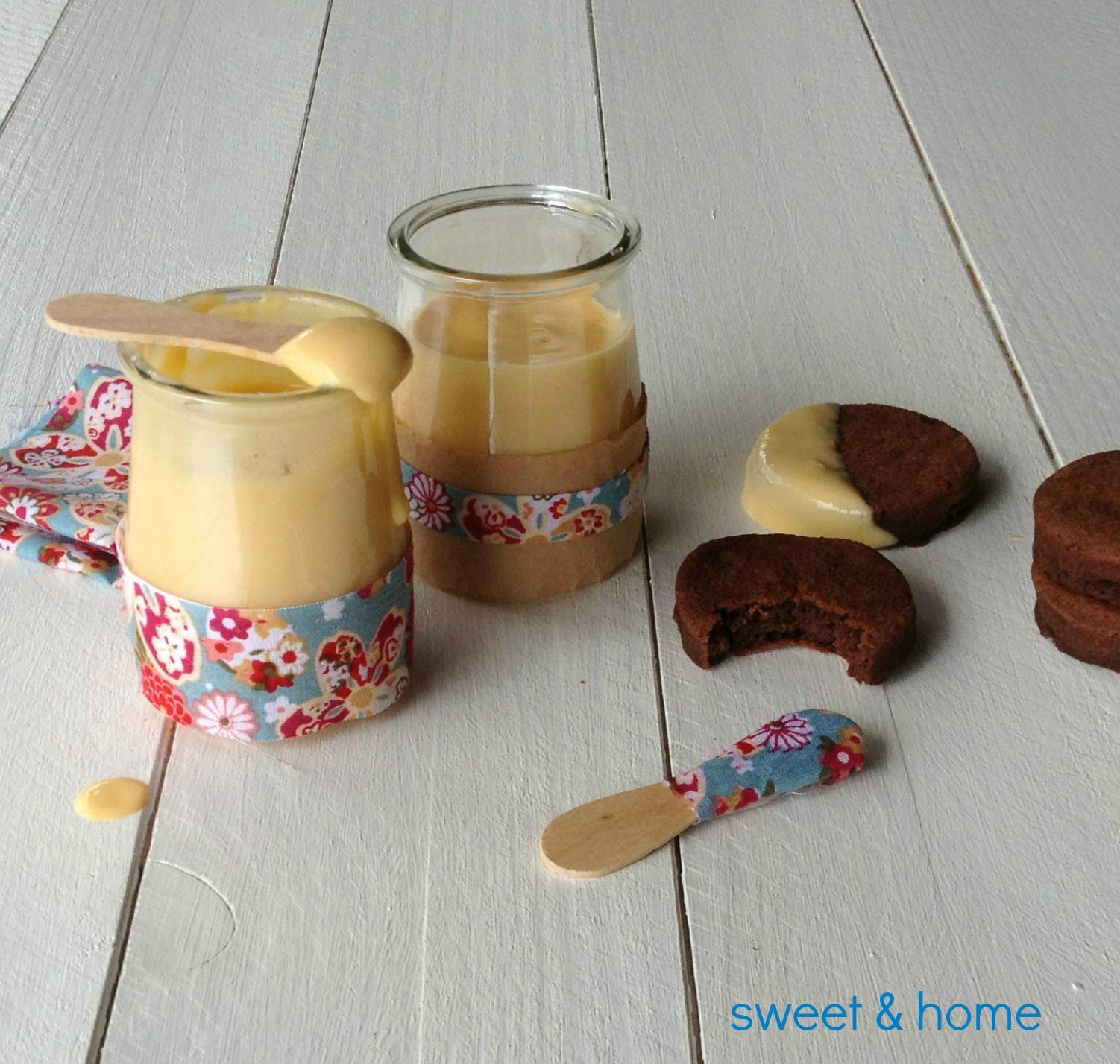natillas con mini-tortitas de chocolate