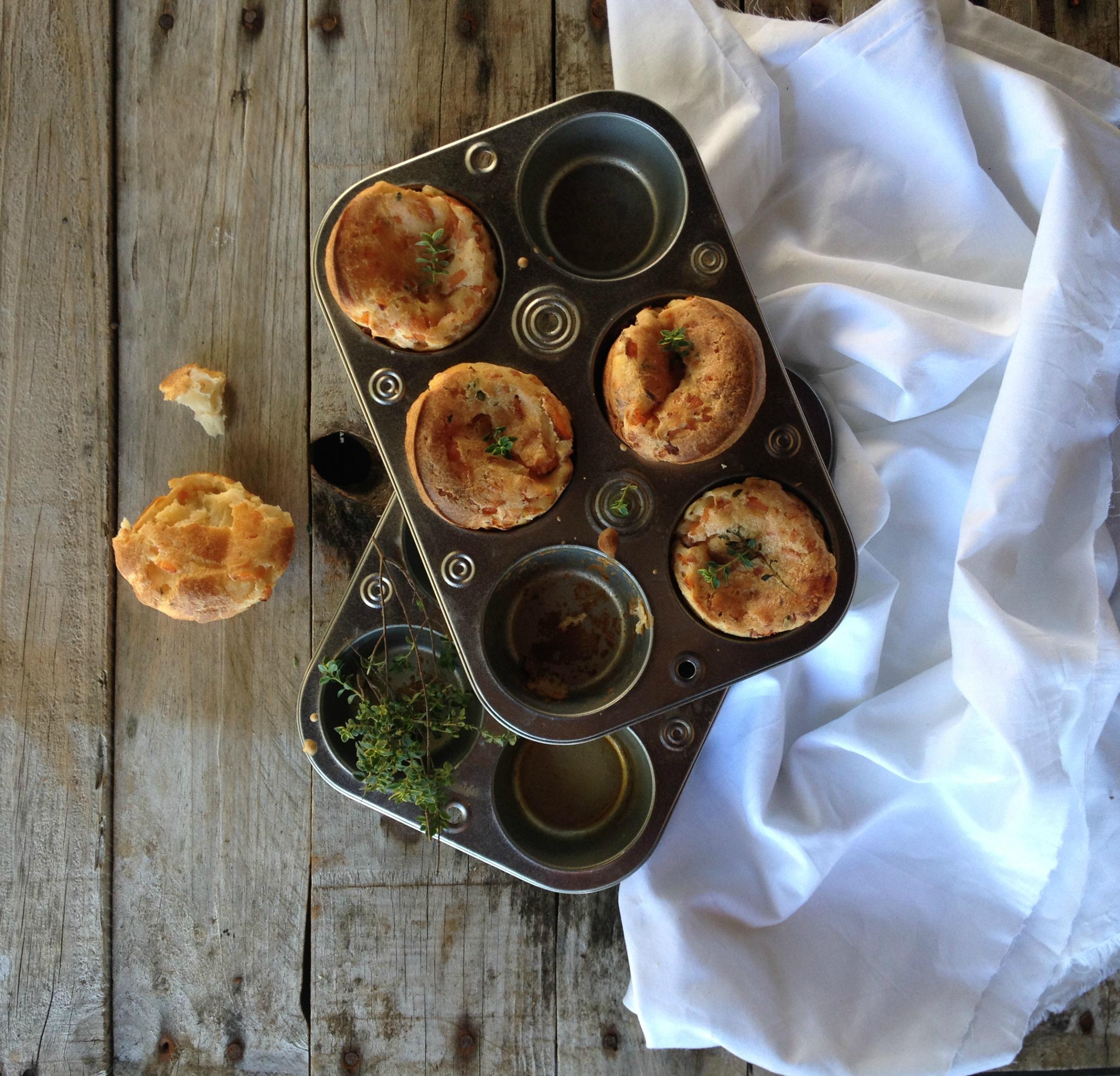 puddings de yorkshire de salmón y tomillo